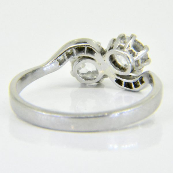 Vintage diamond cross over ring