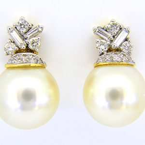 12.5mm cult pearl studs