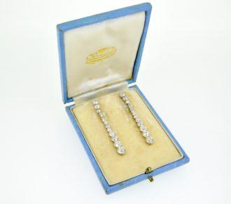 Diamond drop earrings 4.0cts.