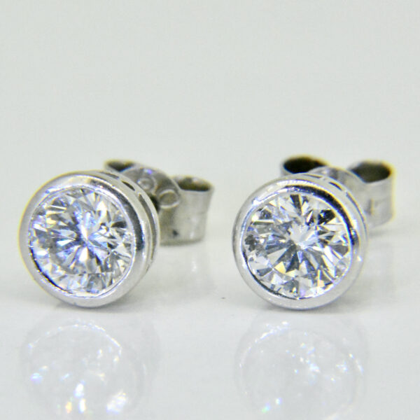 1ct diamond studs