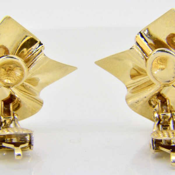 Tiffany vintage earring £1,200 at Jethro Marles
