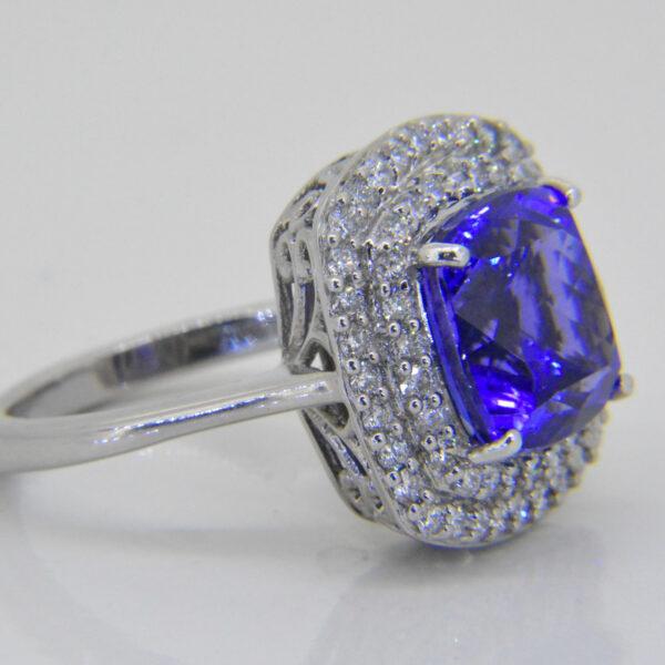 5ct Tanzanite ring from Jethro Marles