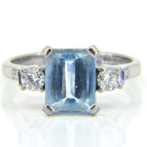 Aquamarine diamond ring