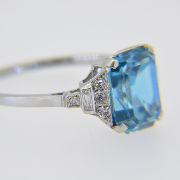 Rectangular blue zircon diamond ring