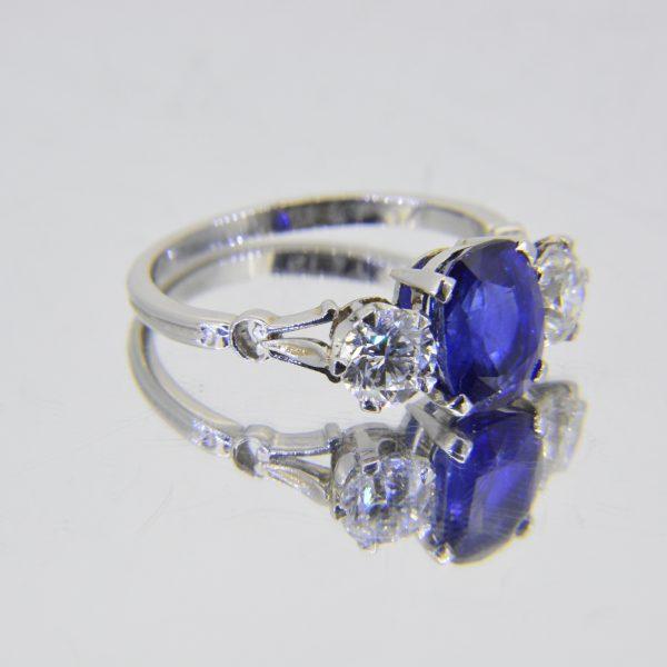 Sapphire diamond 3 stone ring