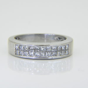 18ct white gold diamond half et ring