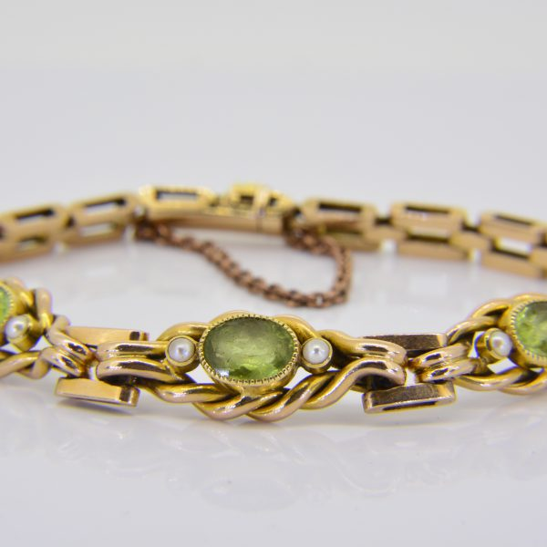 15ct peridot seed pearl bracelet