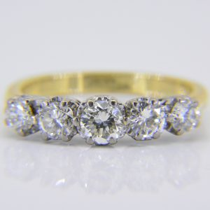Diamond 5-stone ring