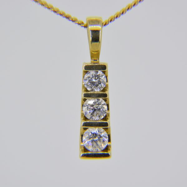 0.5ct diamond pendant