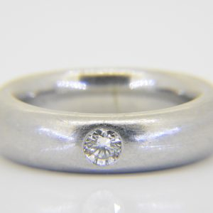 Platinum & diamond wedding band ring