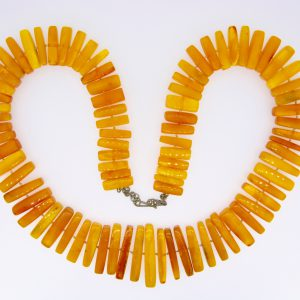 Natural Baltic amber stick fringe necklace