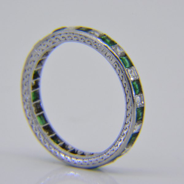 1920s emerald & diamond eternity ring