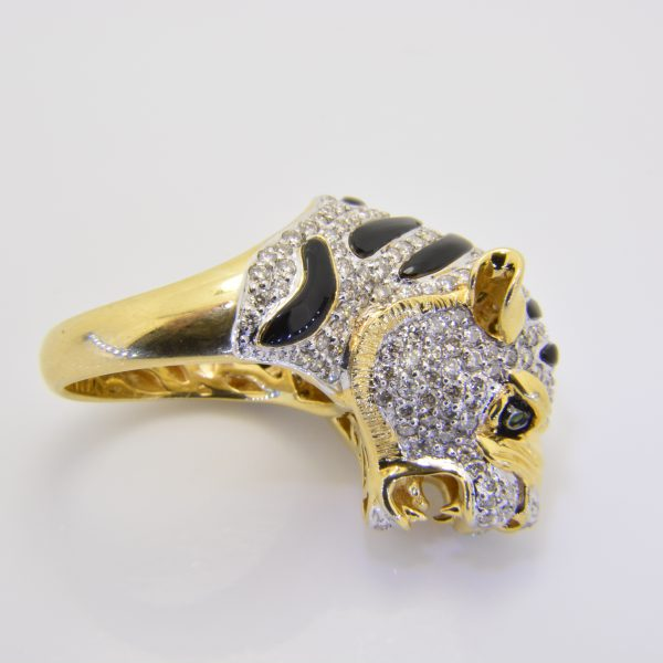 Diamond tiger ring