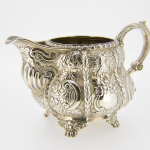 Irish silver milk jug Dublin 1823