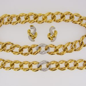diamond necklace bracelet earring suite