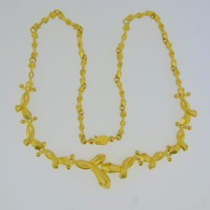 Chinese fine gold necklace