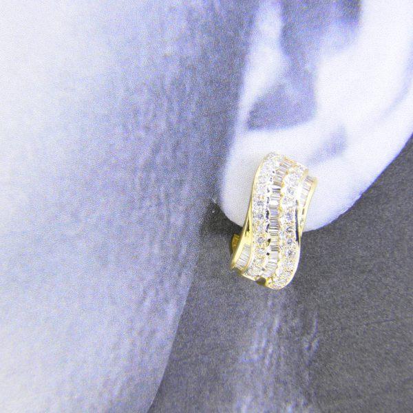 Diamond 18K ear-clips