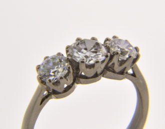 1.86ct diamond trilogy ring