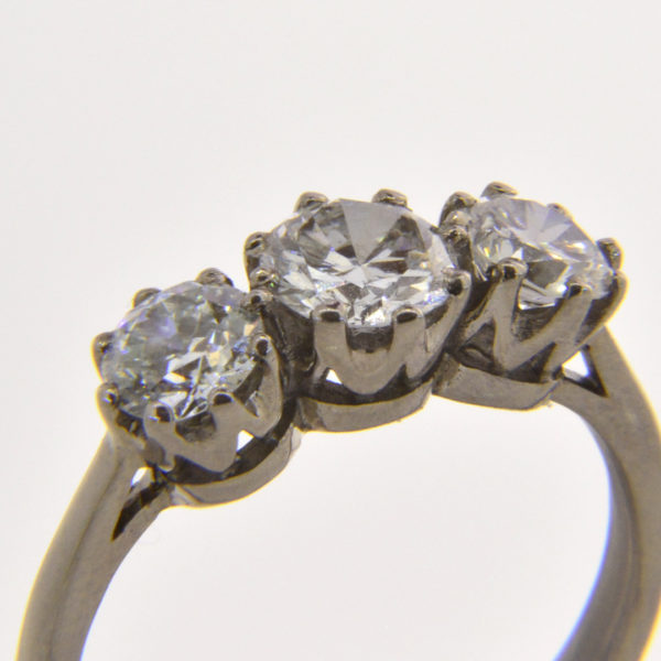 1.86ct diamond trilogy ring