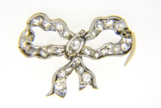 Diamond bow reverse